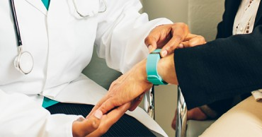 Management wearables and data in a global trials